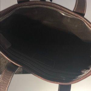 Coach Bags - Authentic Coach Signature handbag